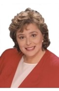 Adrienne Broche
