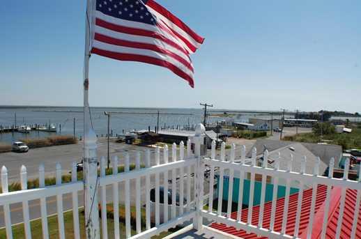 8960 Deal Island Rd - Photo 2