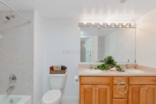 107 Somerset St #304 - Photo 18