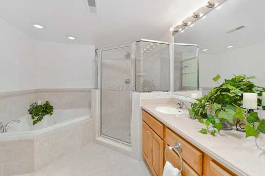 107 Somerset St #304 - Photo 12