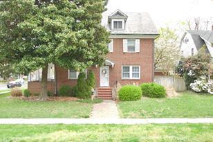 801 Camden Ave - Photo 1