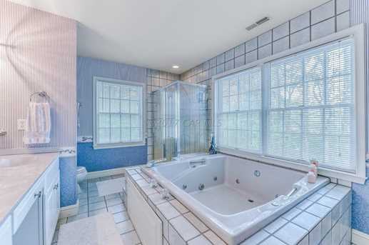 12838 Jarvis Rd - Photo 32