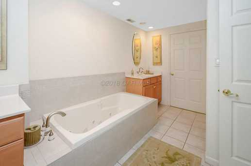 14 45th St #403 - Photo 26