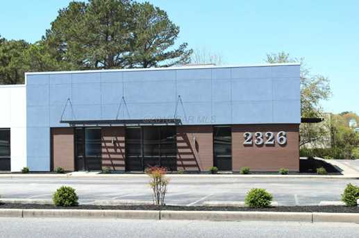 2326 Goddard Parkway - Photo 2