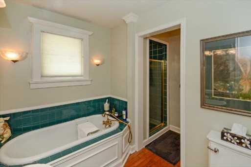 985 White Bear Avenue Place - Photo 12
