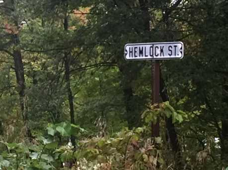 000 Hemlock Street - Photo 2