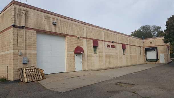 917 Rice Street - Photo 1