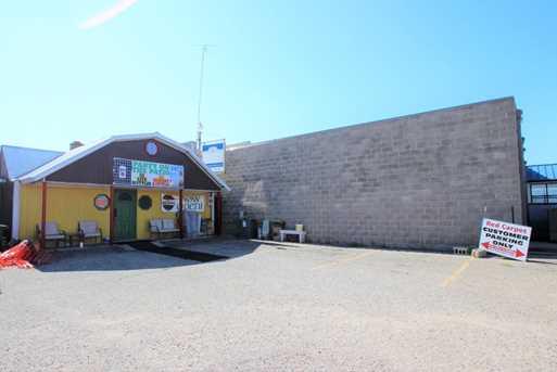 510 Sinclair Lewis Avenue - Photo 2