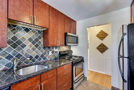 656 Ashland Avenue #8 - Photo 8