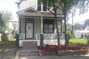 534 Saint Albans Street N - Photo 1