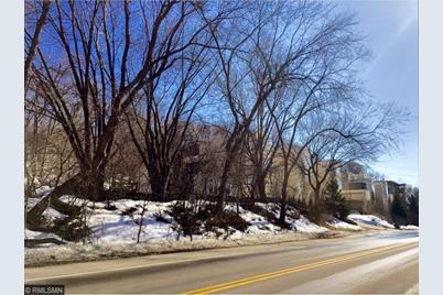 1202 Sibley Memorial Highway - Photo 1
