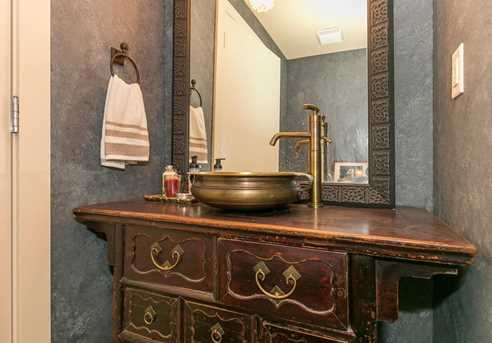 215 10th Ave S #1008 - Photo 22