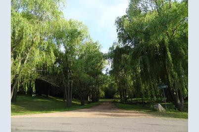 3950 Farmhill Court - Photo 1