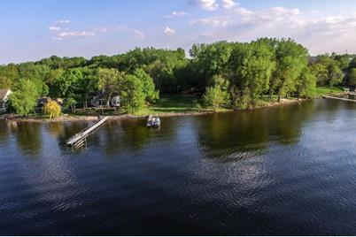 4610 S Lake Sarah Drive - Photo 1