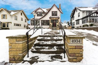 4934 S Garfield Avenue - Photo 1