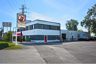 2520 Larpenteur Avenue W - Photo 1