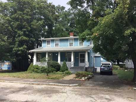 31 Sycamore Ave - Photo 2