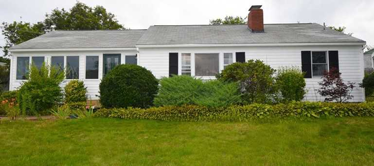 177 Plymouth Ave - Photo 6