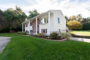 5 Colonial Dr - Photo 1