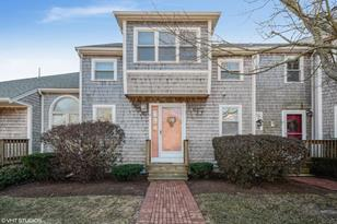 9 Harbor Hill Dr #9 - Photo 1