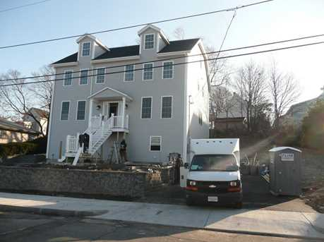 229 Lincoln St #A - Photo 2