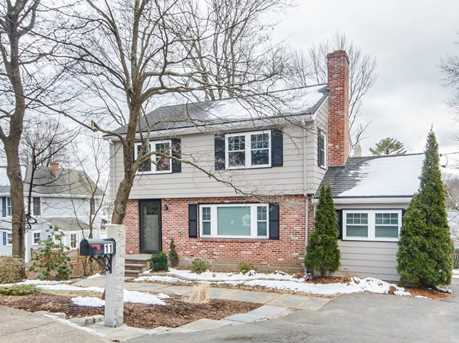 11 regina ter newton ma 02466 mls 72292894 coldwell for 24 jackson terrace newton ma