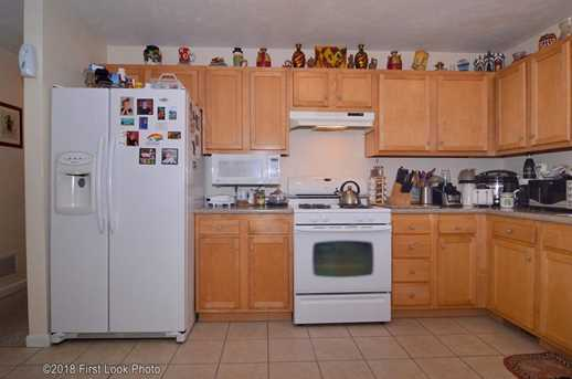 255 Fall River Ave - Photo 4