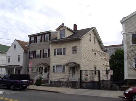 192 Washington Ave - Photo 1