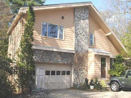 6 Algonquin Road - Photo 2