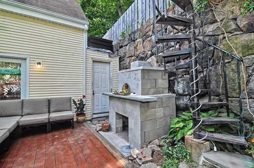 25 Beacon St - Photo 14