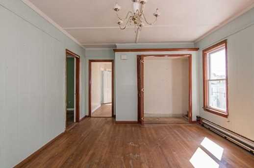 52 Bellevue Ave - Photo 4