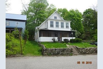 270 Cottage St - Photo 1