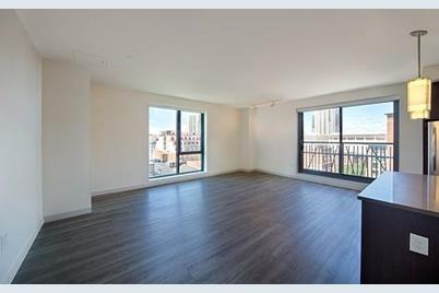 1 Canal St. #804 - Photo 1