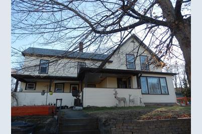 136 Highland Ave - Photo 1