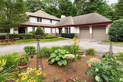 32 Orchard Hill Dr #32 - Photo 1
