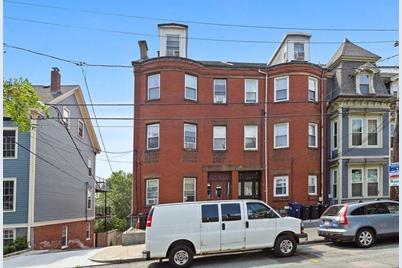 217 Webster St - Photo 1