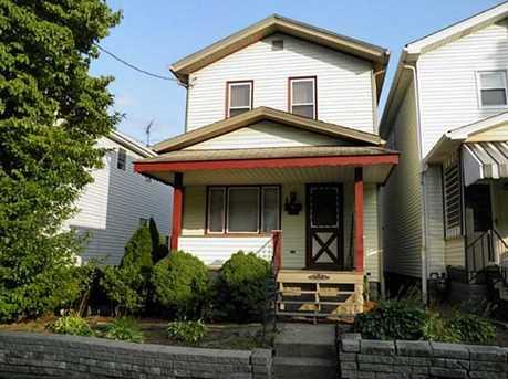 828 Hazlett Ave - Photo 1