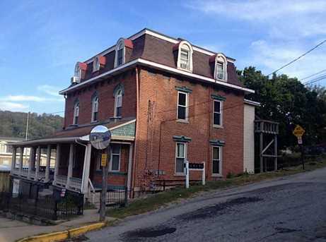 303 E Main St - Photo 1
