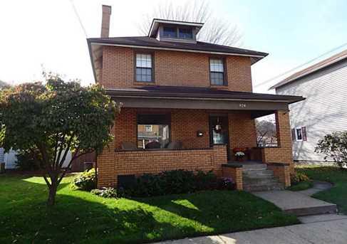 924 Indiana Ave - Photo 1
