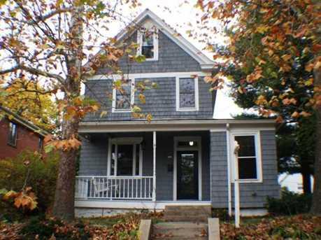 736 Ravenswood Ave - Photo 1