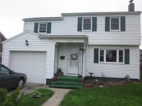424 E Hazelcroft Ave - Photo 1