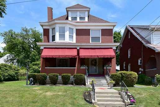 608 Ravenswood Ave - Photo 1
