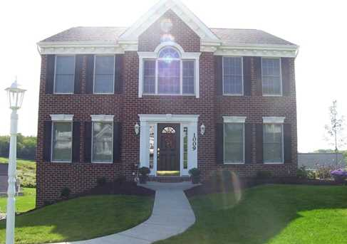 1009 Greenfield Dr - Photo 1