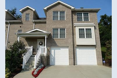1107 Bayberry Dr - Photo 1