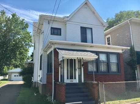 203 Howell St - Photo 1