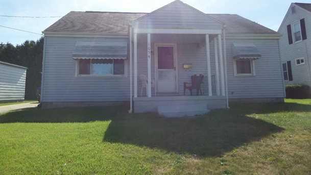 1054 Leslie Street - Photo 1