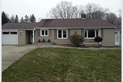 583 Bedford Rd - Photo 1
