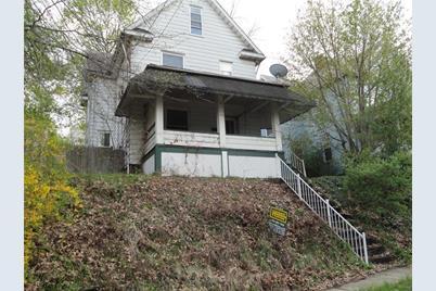 105 Lyon Avenue - Photo 1