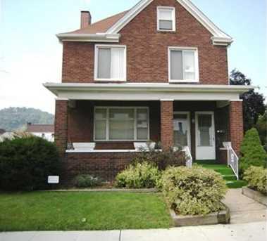 1011 Maplewood Ave - Photo 1