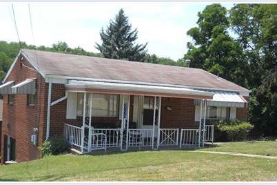 1403 Villa Drive - Photo 1